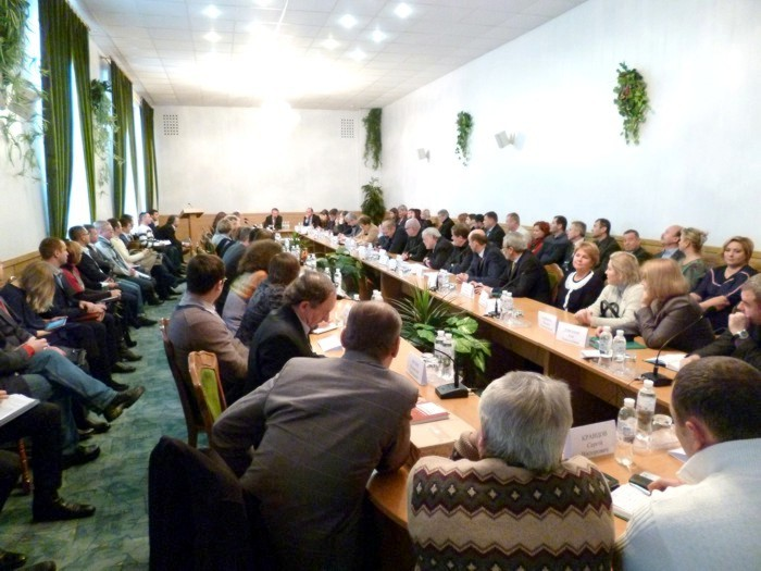 Roundtable_on_12_03_2014_04